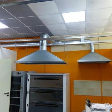 Производство и работа  вытяжных зонтов